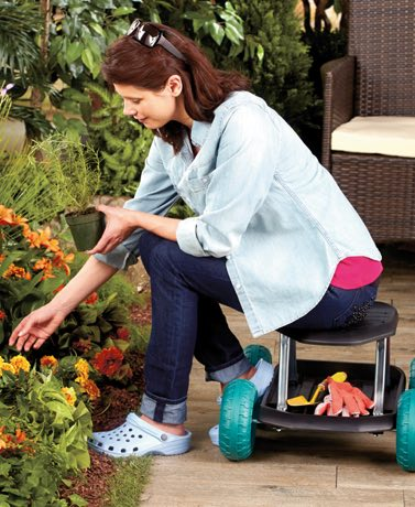 There is a variety of ways to experience fall gardening, which includes anything from preparing