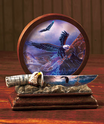 Lighted Wildlife Plaque with Knife