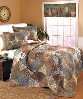 Slate Garden Quilted Bed Ensemble