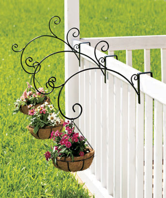 Coco-Lined Rail Mount Planter