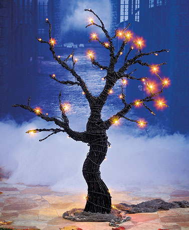 Lighted Outdoor Halloween Tree