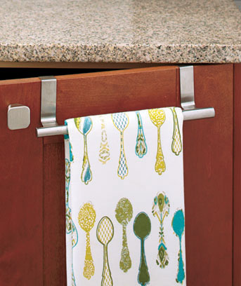 Expandable Over-the-Cabinet Towel Bar