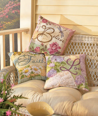 "16"" IndoorOutdoor Pillows"