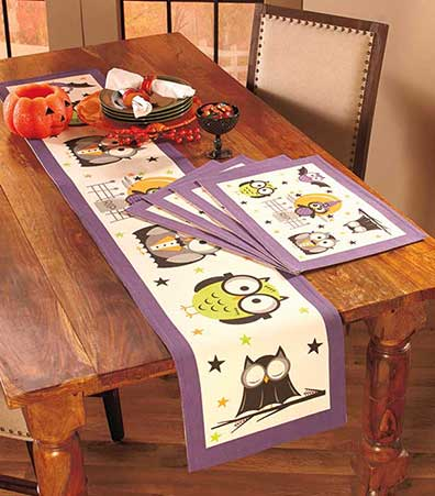 Holiday Owl Placemats or Runners