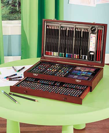 142-Pc. Wooden Art Set