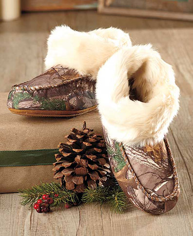 Northern Trail Slipper Boots with Faux Fur Trim