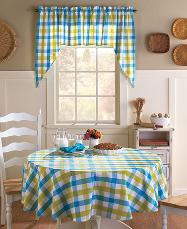 Gingham Tablecloths or 3-Pc. Curtain Sets