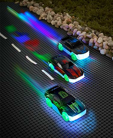 Set of 3 Color-Changing Racers