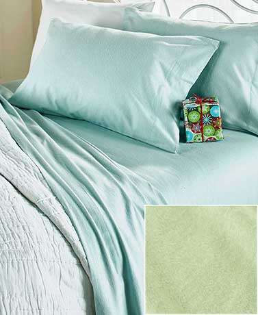 Solid-Colored Flannel Sheet Sets