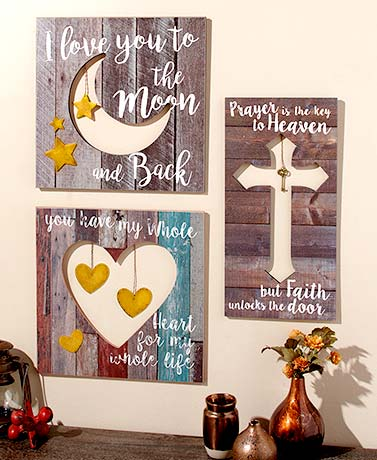 Pallet Wall Plaques with Charms