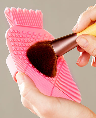 CosMat™ Makeup Brush Cleaning Pads