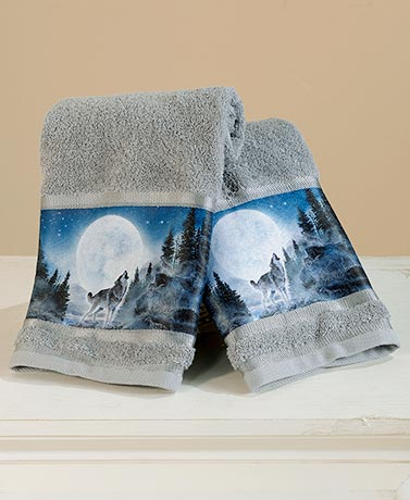 Set of 2 Wolf Pack Hand Towels