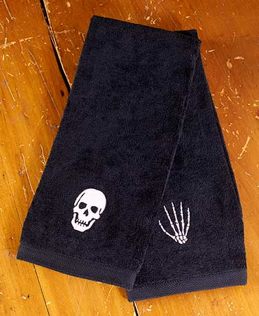 Set of 2 Nevermore Halloween Hand Towels