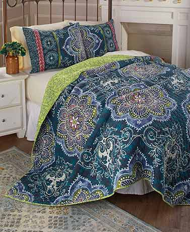Antique Boho Quilt Collections