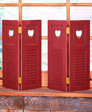 Set of 2 Country Window Shutters - Heart