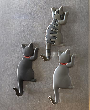 Set of 3 Magnet Cat Hooks
