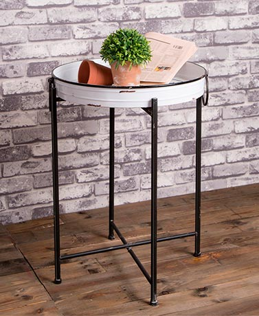Farmhouse Enamel Metal Tray Table