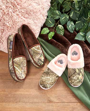 His or Her's Mossy Oak™ Slippers
