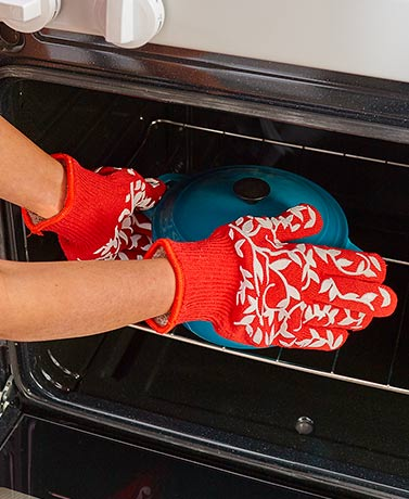 Sets of 2 Floral Oven Gloves