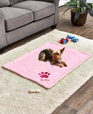 Personalized Sherpa-Backed Pet Blankets
